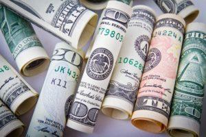 הצלחה כלכלית עמית עשת בפודקאסט כסף והשקעות